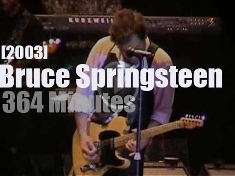 Bruce Springsteen Christmas.Bruce Springsteen Friends Celebr Hate Christmas 2003